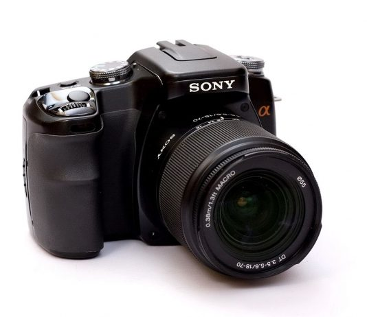 Sony Alpha 100 reviewed